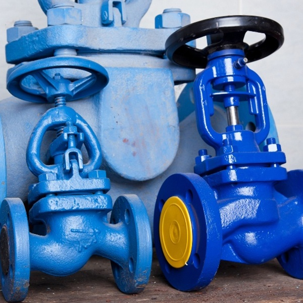 Extensive Range of Valves in Different Sizes and Materials